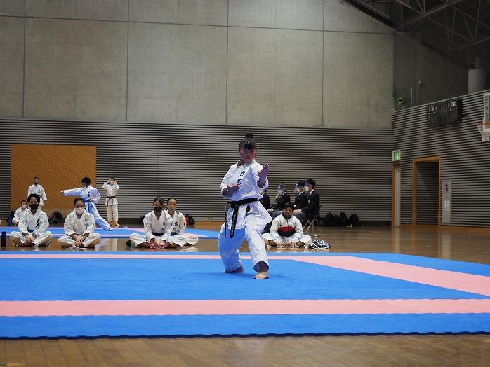high_r021101_karateclub_01