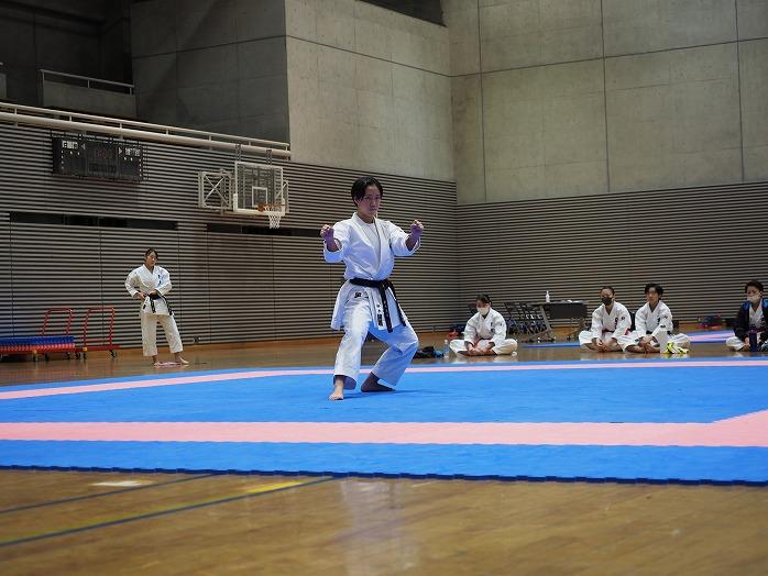 high_r021101_karateclub_02