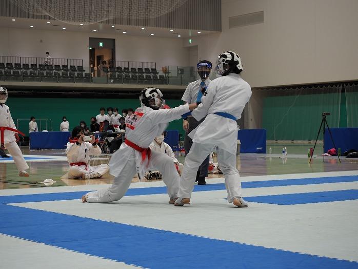high_r021101_karateclub_04
