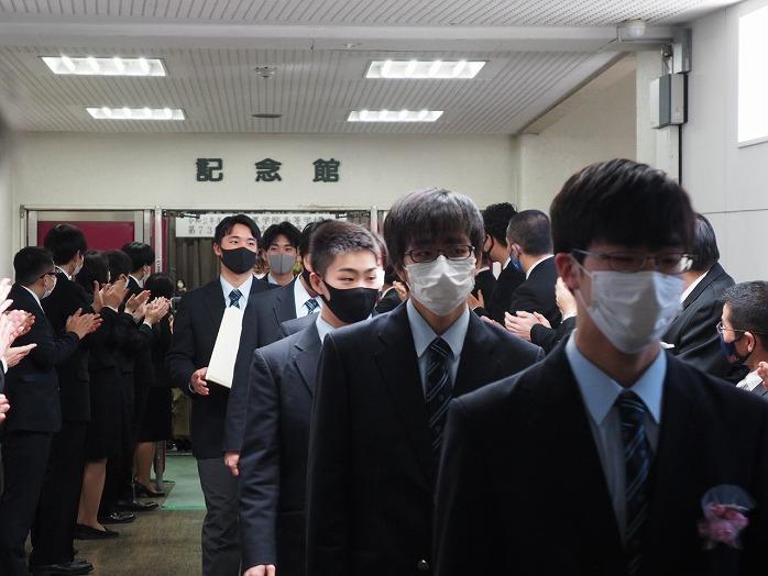 h_graduation_celemony_11