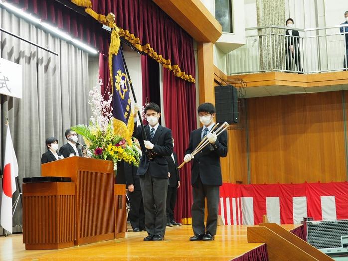 j_graduation_celemony_1