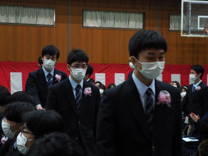 j_graduation_celemony_2